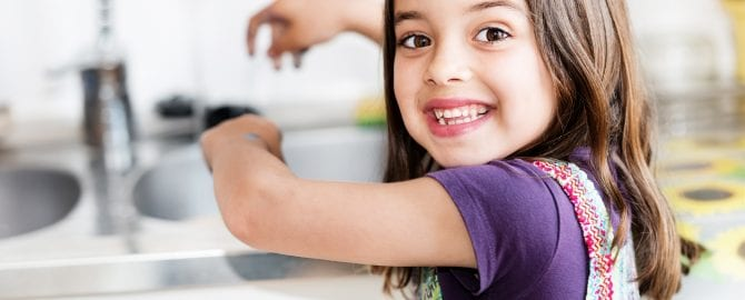 toddler handwashing